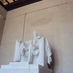 Lincoln Memorial and the many edges of it